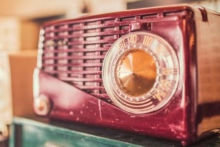 vintage-radios (2)